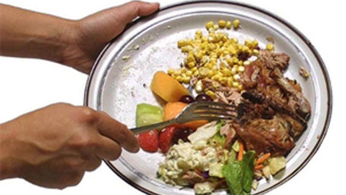 La Francia stabilisce norme precise per supermercati e ristoranti contro lo spreco alimentare.